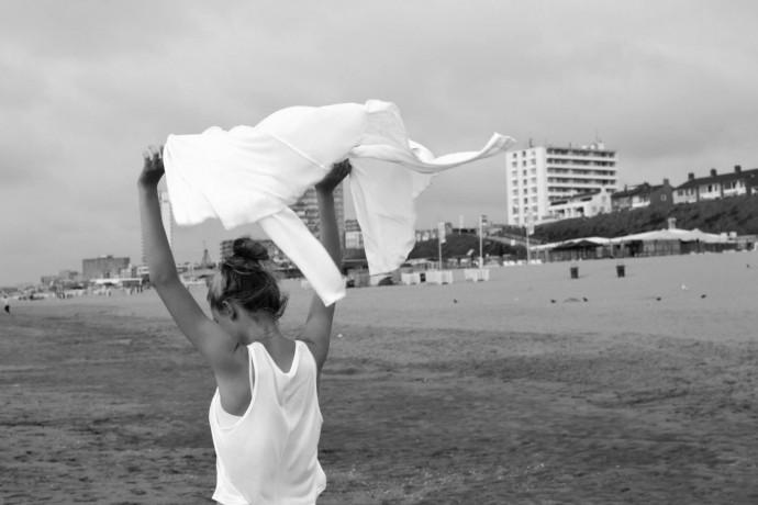 The beach, Zandvoort, Holland Nikon D3100, Nikkor 35mm, 1/100 s, F7,1, ISO 100, 35 mm focus