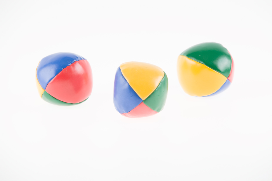 Editing Product Photos - picture of three balls with strong light