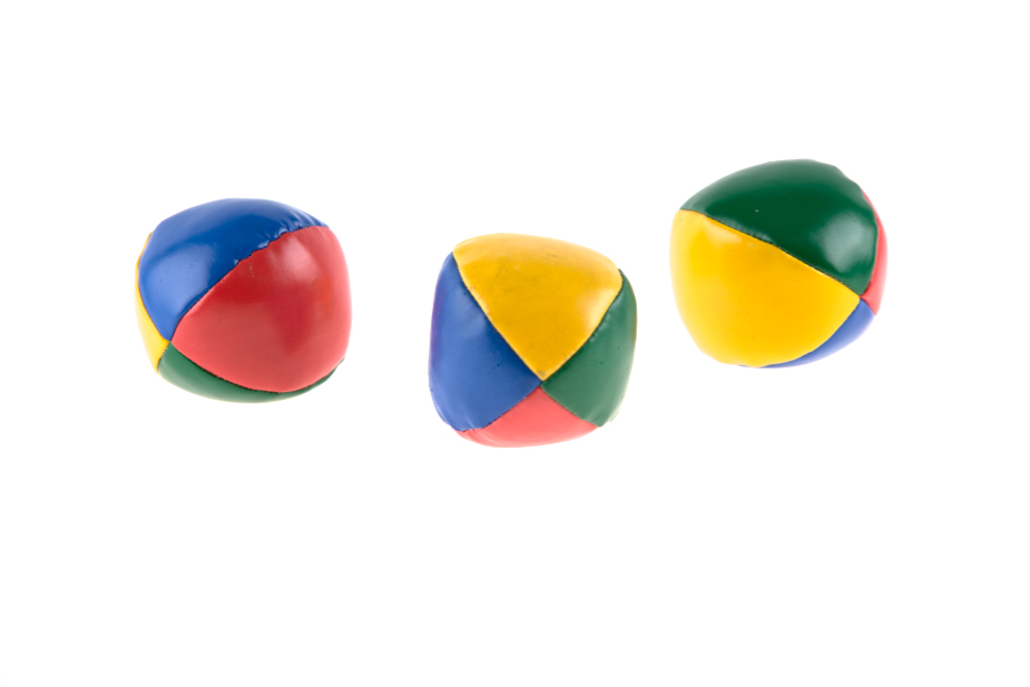 Editing Product Photos - three balls with perfectly white background