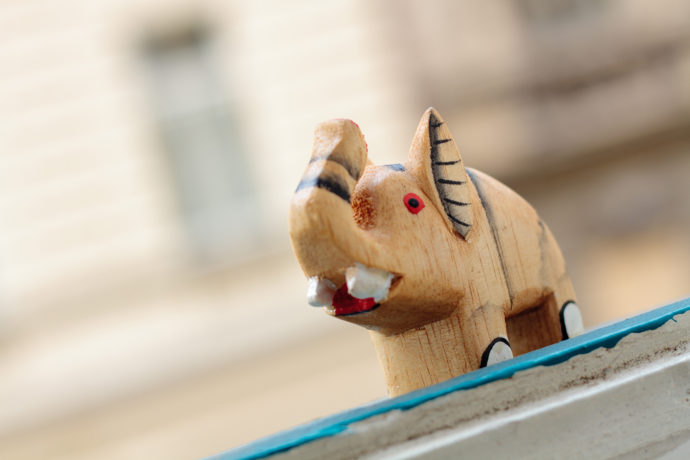 Tilting the horizon has made this photo of a tiny wooden elephant more dynamic. Canon EOS 7D, EF 50/1.8, 1/125 s, f/3.5, ISO 100, focus 50 mm (80 mm equiv.)
