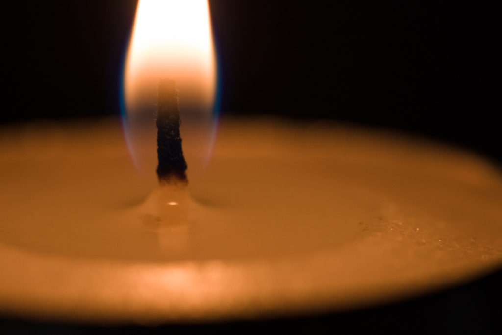 A candle closeup. At macro distances, this lens has a higher effective f-stop than the one that's set. That's why I had to raise the ISO to 1600. Canon 5D Mark IV, Canon EF 100/2.8 IS MACRO, 1/60 s, f/5.0, ISO 1600, focal length 100 mm