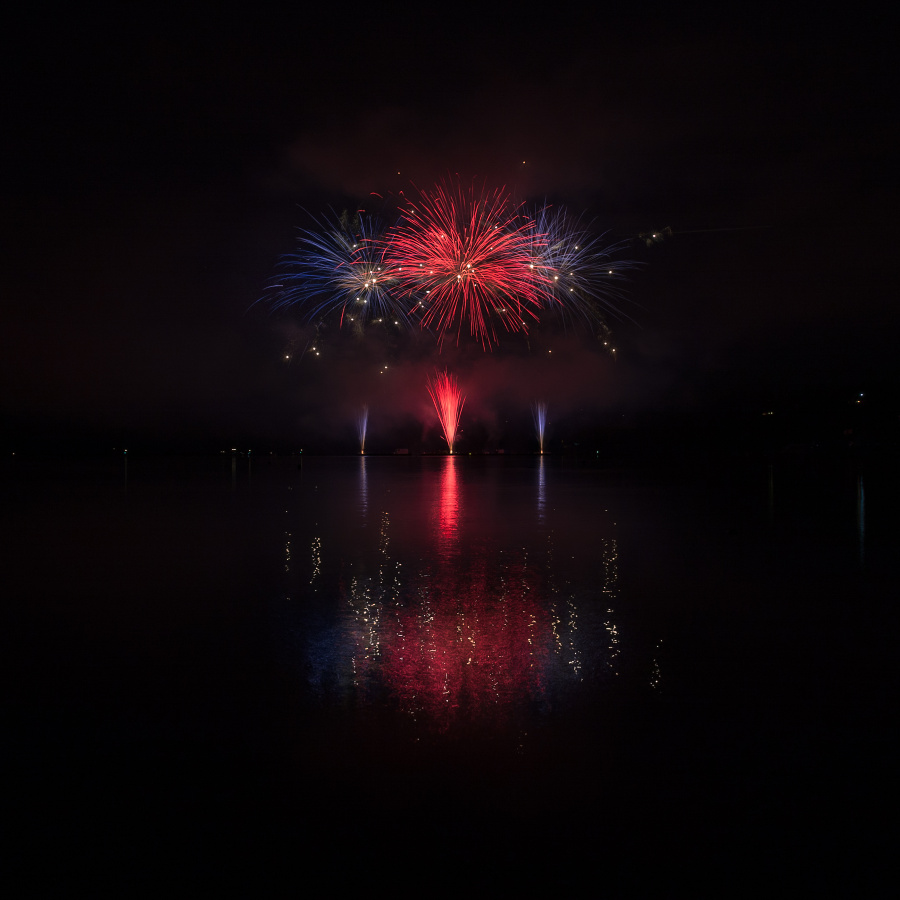 The long exposure used makes these fireworks look different than they did in real life. Photo: Patrik Slezák