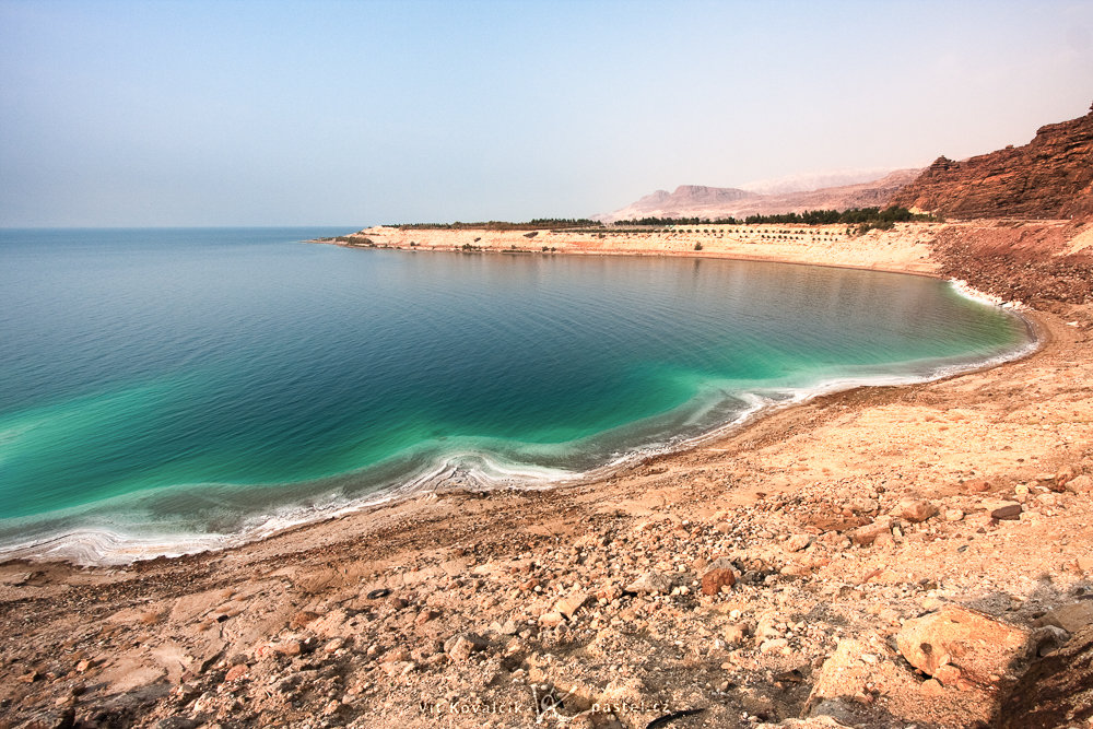 Putting the S in the Dead Sea. Canon 40D, Canon EF-S 10–22/3.5–4.5, 1/320 s, f/8.0, ISO 400, focal length 10 mm