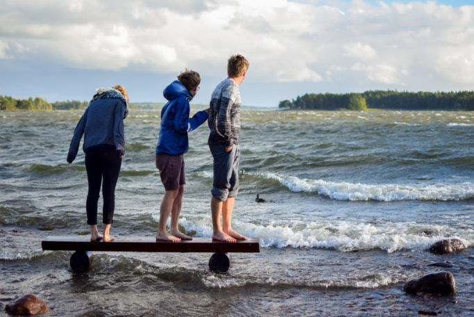 6 Tips for Shooting Outdoors: waves on lake.