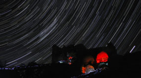 5 Tips for Photographing Star Trails: stars over Zubštejn.