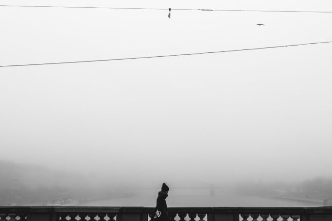 Discover the Wonders of Winter City Photography: a minimalist photo.