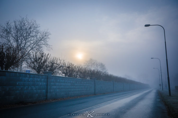 How to Photograph Fog: an empty road.