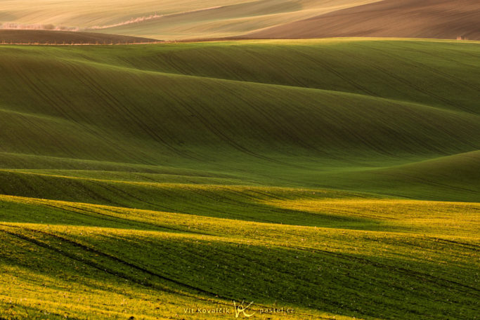 "Benefits of Telephoto Lenses for Landscapes: ""Moravian Tuscany"" in the Czech Republic."