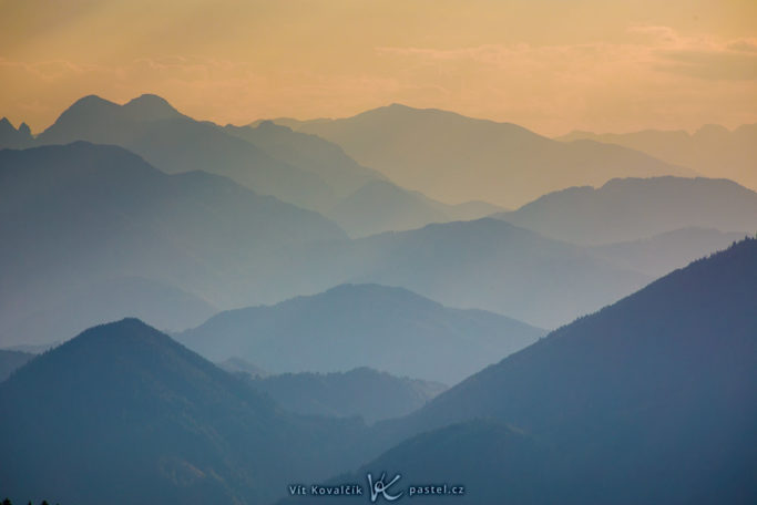 Benefits of Telephoto Lenses for Landscapes: a detail picked out from mountains on the horizon.