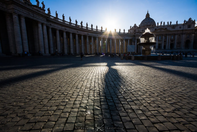 How to Photograph with the Sun in the Frame: St. Peter's square in Vatican City.