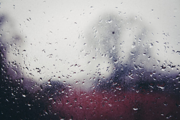 12 Photo Clichés: a rain-covered windowpane.