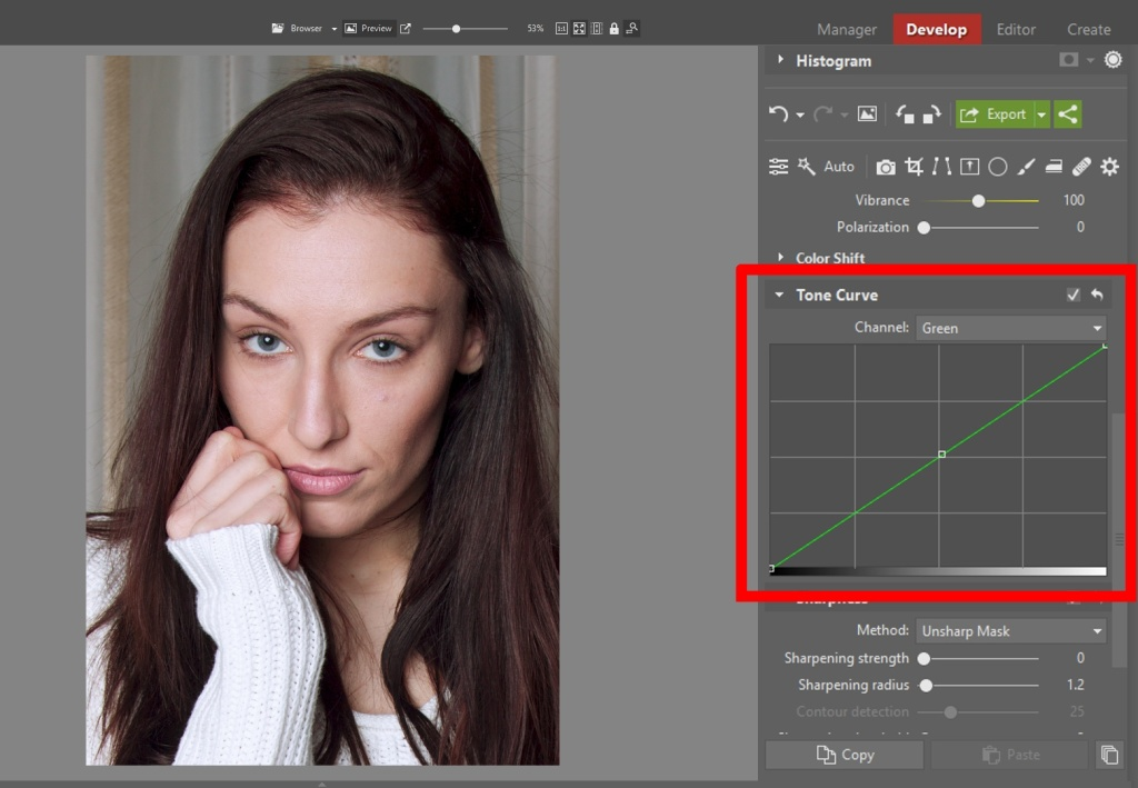 Learn to Edit Portraits and Discover the 5 Most Common Portrait Photo Problems- green curve