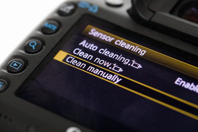 the menu for setting up sensor cleaning.