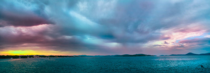 3 most common mistakes in landscape photography: too wide panoramic picture.
