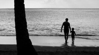 How to Enjoy Your Vacation With Your Camera and Your Family