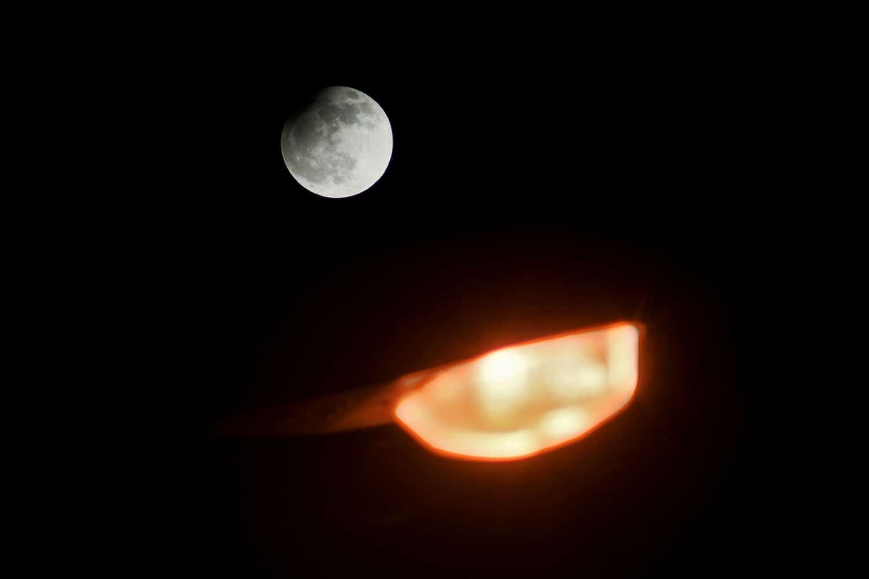 moon, lunar eclipse, moon photography, astrophotography, night sky, photographing the night sky