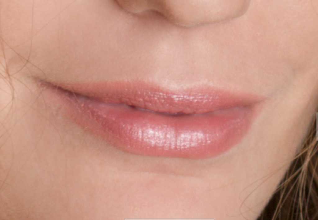 Learn to Retouch Portraits - lips before edits