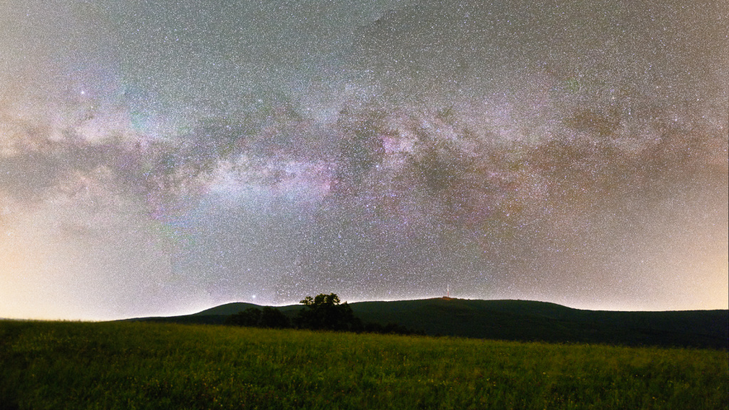 Photographing Landscapes at Night - milky way panorama
