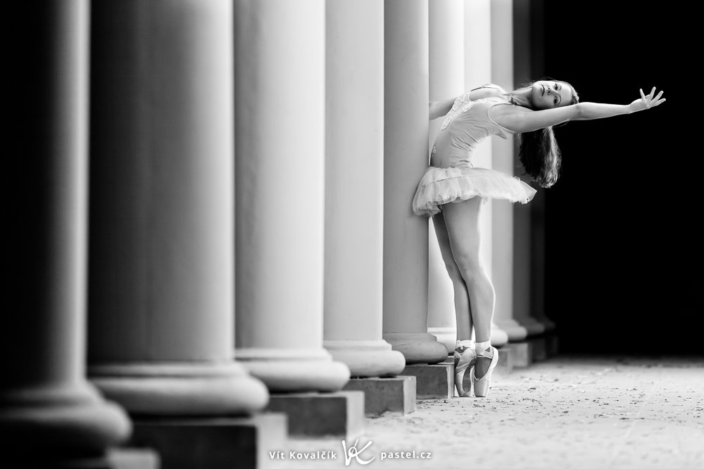 Photographing Models in Different Environments II - colonnade
