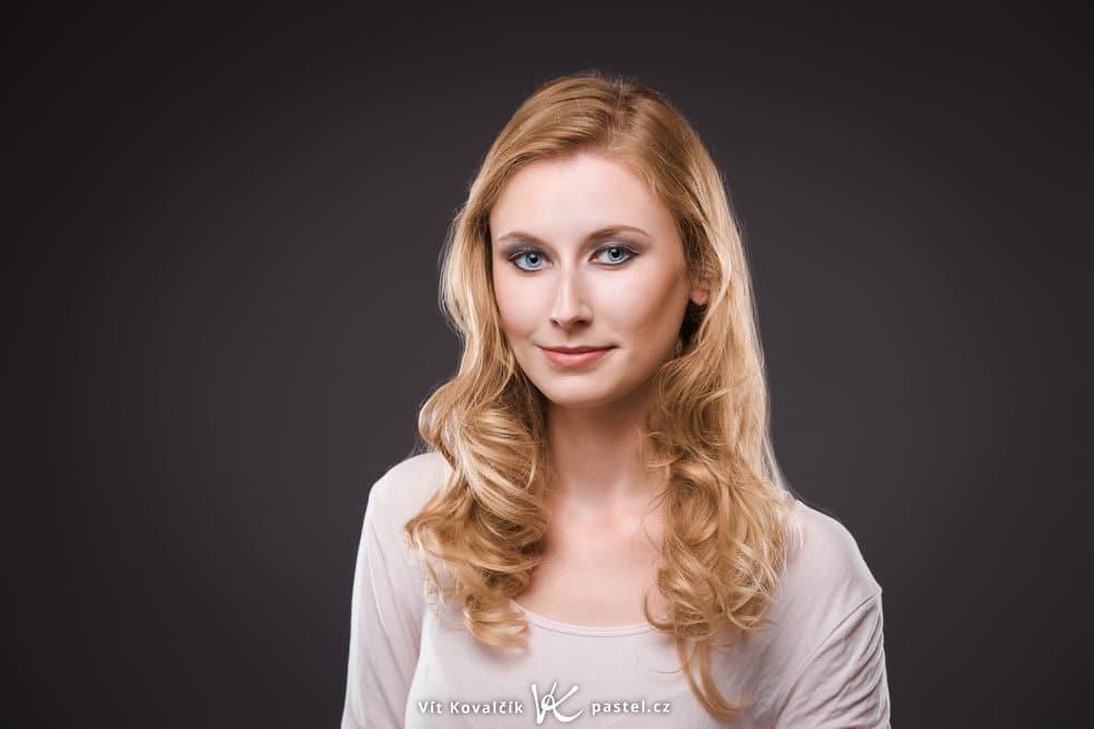 Studio Photography - head shoulders
