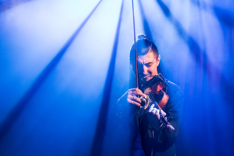How to Photograph Concerts - Adam Baldych