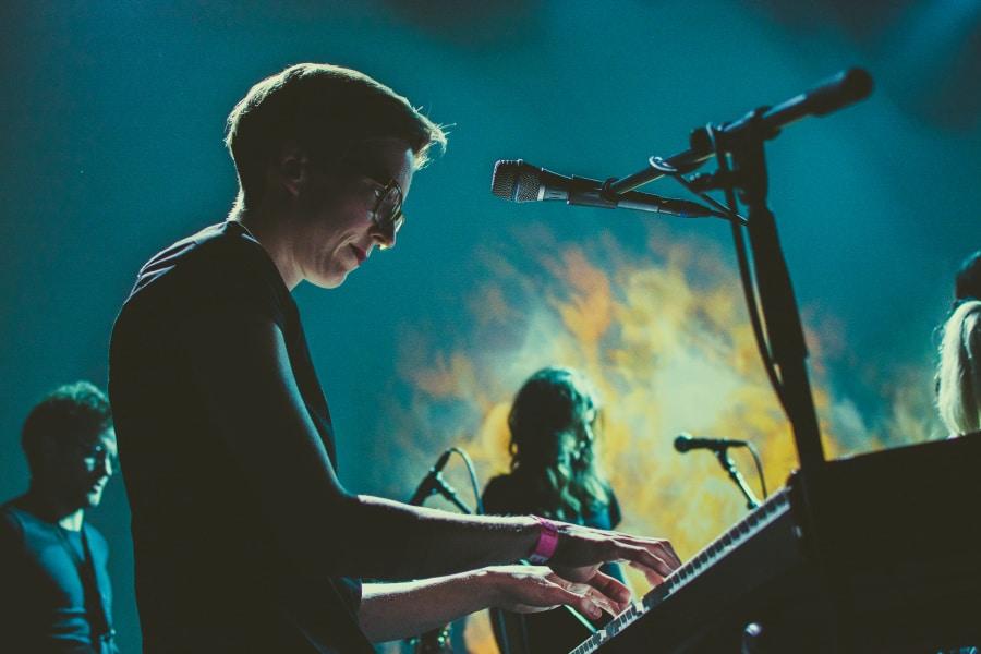 How to Photograph Concerts - noise, Zvíře jménem Podzim