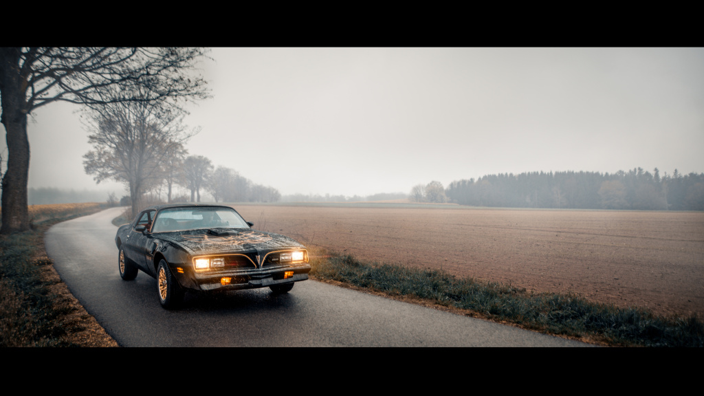 How to Photograph Vintage Cars - road