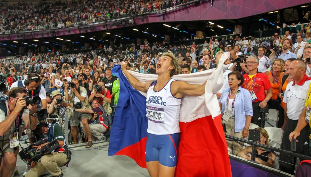 Athletics Photographer Aleš Gräf: How Usain Bolt Made Me Fall Off a Table (But Not Really) - Barbora Špotáková celebrating her victory in London Olympics