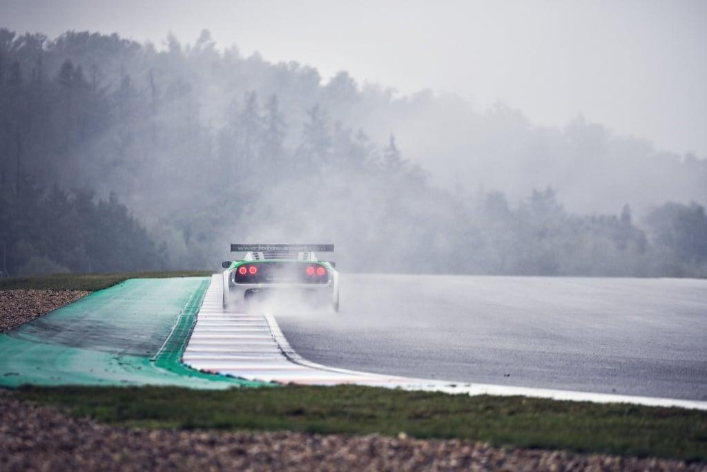 3 Practical Examples of How to Edit Car Racing Photos