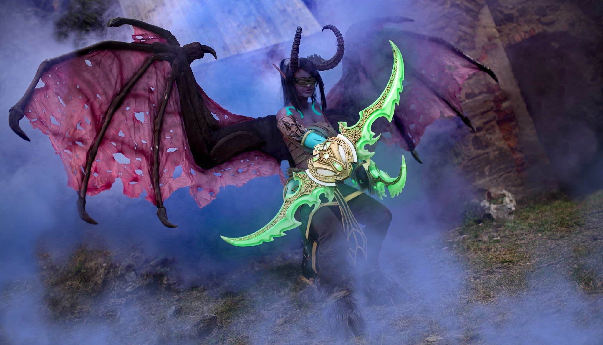How to Photograph a Cosplay - Illidan cosplay