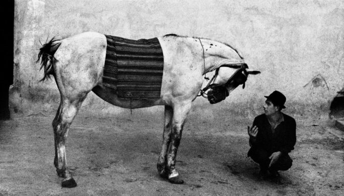 7 Things You Can Learn From Great Photographers: World-renowned Wanderer Josef Koudelka